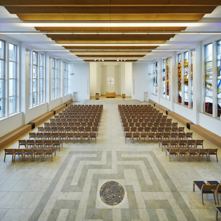 Ev. Stadtkirche Solingen, Kirchplatz, 42651 Solingen; Umbau: Großkemm + Richard Architekten Innenarchitekten, Mankhauser Str. 1, 42699 Solingen, Fertigstellung 2014